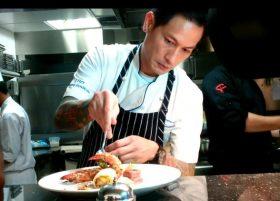 Video: lihat cara chef Juna menata hidangan di MYKO