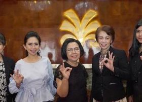 Berkunjung ke Makassar, Pesohor Boga Sisca Soewitomo Terkesima dengan Hotel MYKO